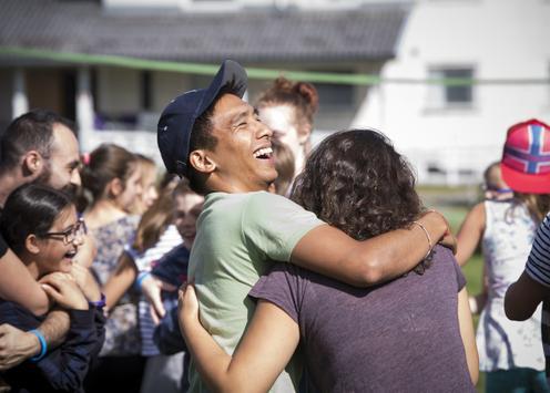 Werde Teil von CISV und erlebe wie internationale Freundschaften entstehen - egal ob als Teilnehmer*in oder Helfer*in