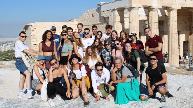 Teilnehmende in einem Seminar Camp in Athen